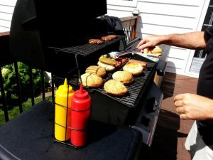 Cooking with Charcoal vs. Gas Grills