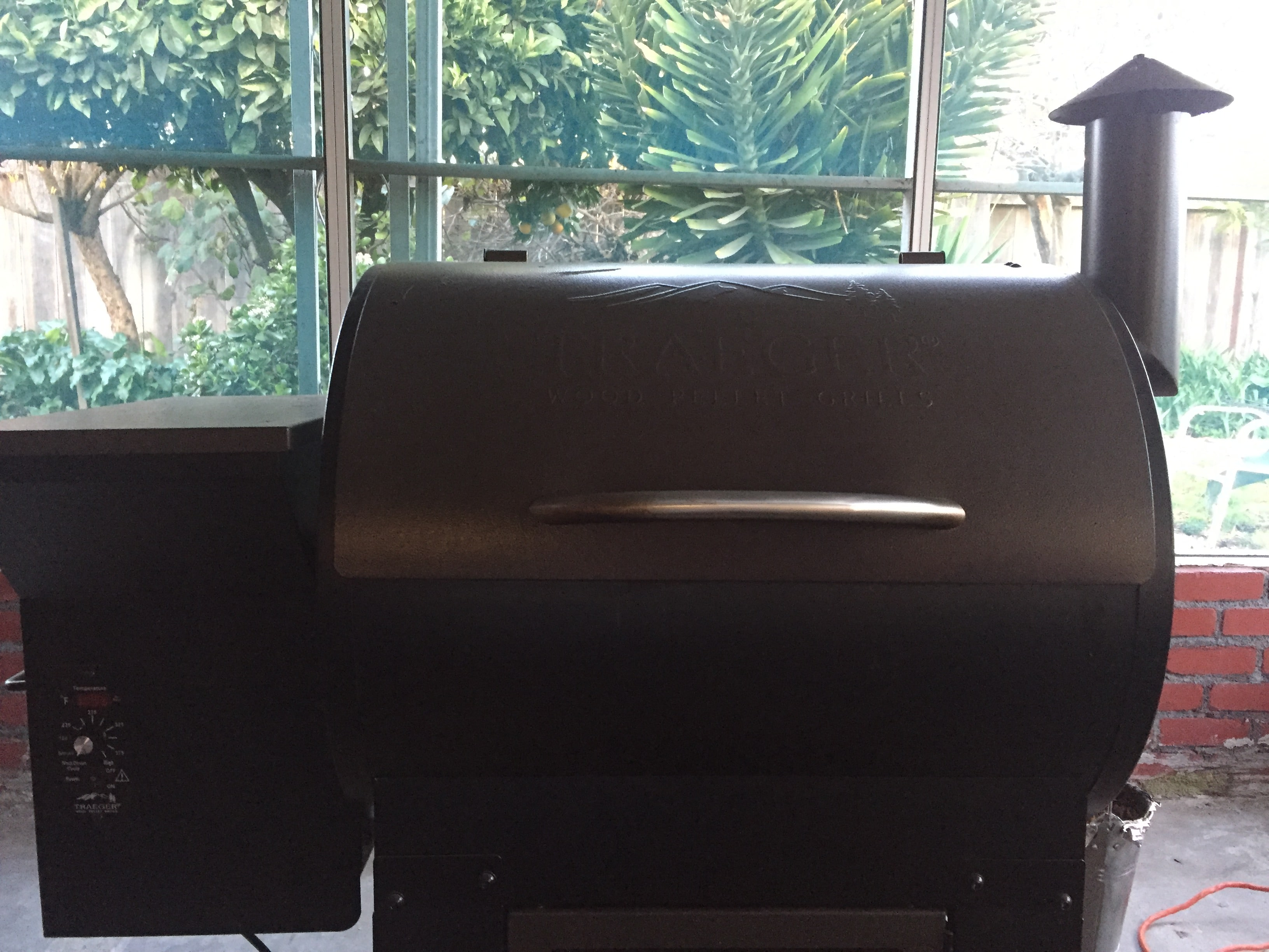 What is a Pellet Grill_Traeger Wood Pellet Grill