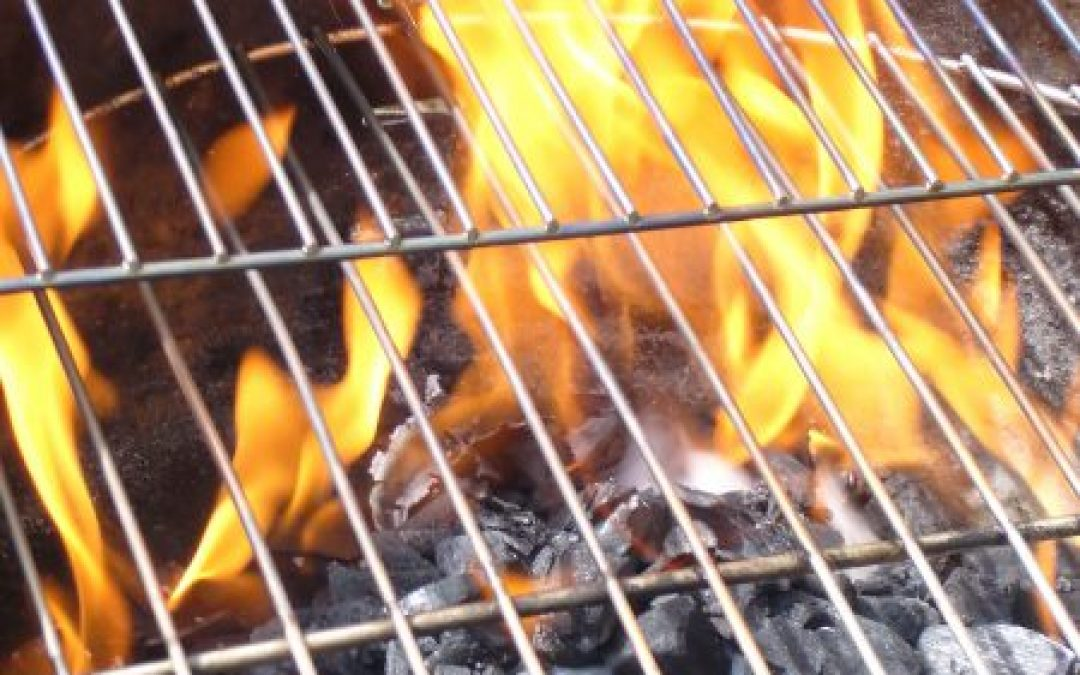 How To Start A Charcoal Grill, A Grilling Life's Grillers Guide