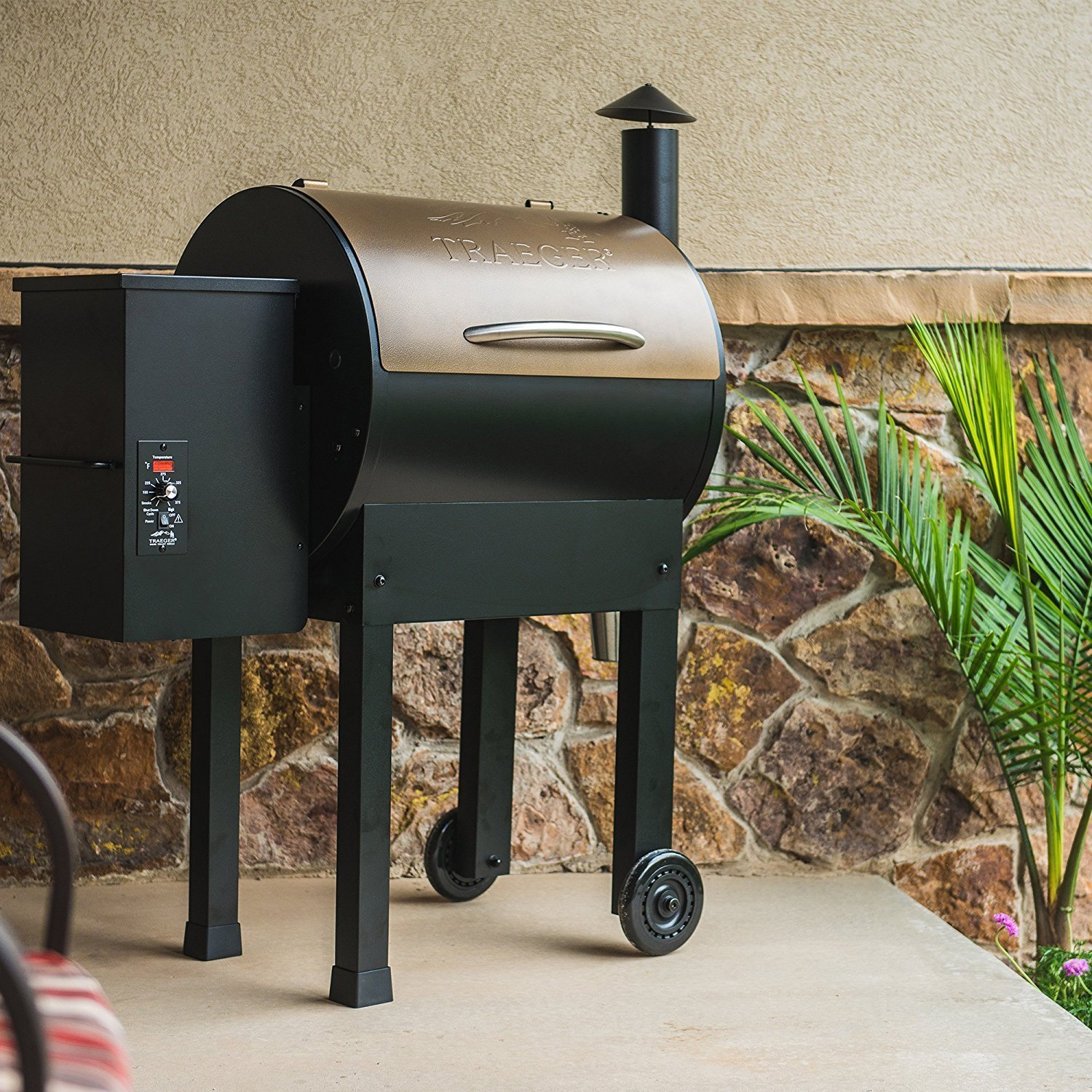 Traeger Lil Tex Elite 22 Wood Pellet Grill And Smoker ...